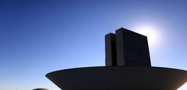 Votação da MP do Fies é adiada para 10 de outubro no Congresso
