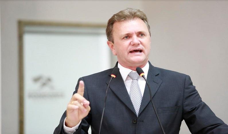 Luizinho Goebel requer informações sobre convênios firmados pelo DER