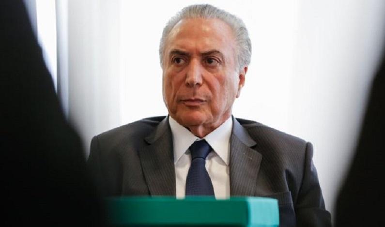 Relator do PSDB dá parecer favorável a Temer; saiba o que acontece agora