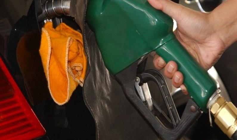 Criminosos usam chips para alterar volume em bombas de combustível; veja como funciona