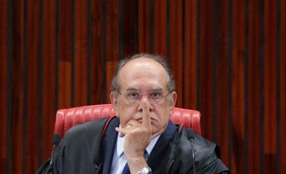 Senadores querem encaminhamento para pedido de impeachment de Gilmar Mendes