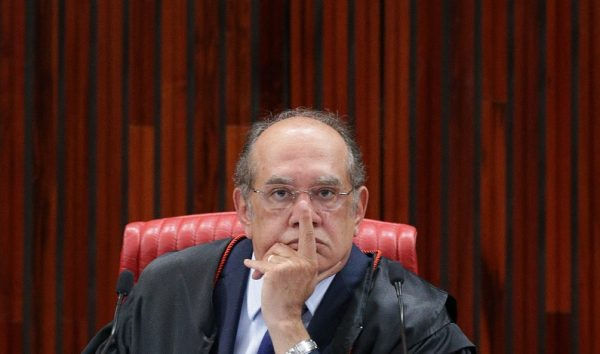Atos de Lula e Bolsonaro podem levar à condenação, diz Gilmar Mendes