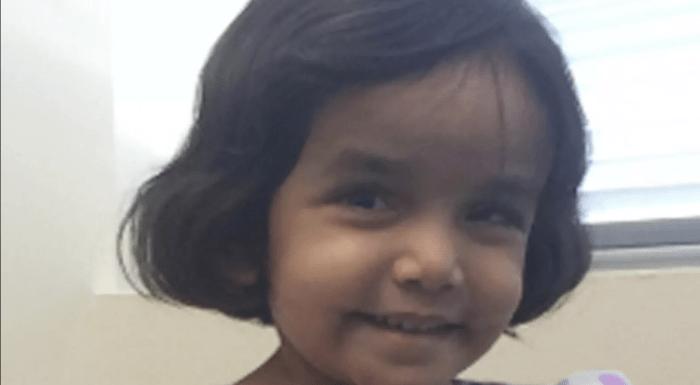 """Menina de 3 anos se recusa a tomar leite, pai a coloca fora de casa como """"castigo"""" e ela pode ter morrido"""