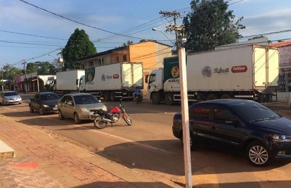 Caminhões com mais de 300 mil são apreendidos no Acre