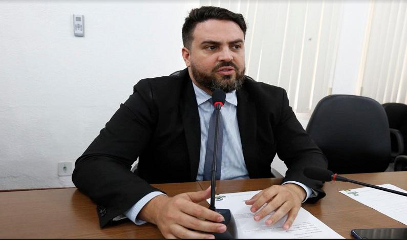 Comissão não é a favor da reforma administrativa estadual, afirma Léo Moraes