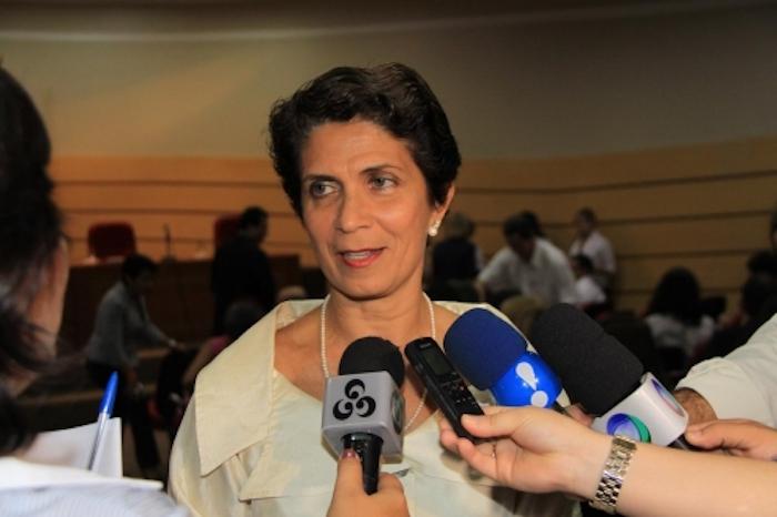 Ex-reitora da Universidade Federal de RO rebate acusações de fraude em doutorado e divulga carta aberta