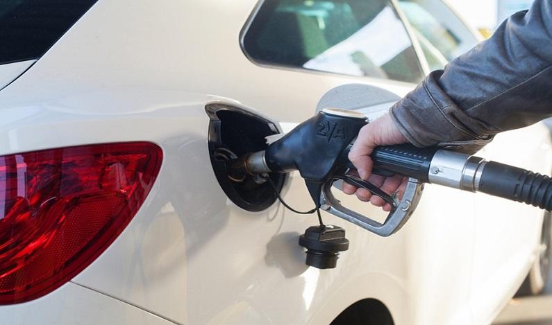 Petrobras anuncia queda do diesel de 0,20%; gasolina fica estável
