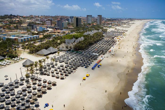 Turista do Piauí desaparece na Praia do Futuro, em Fortaleza