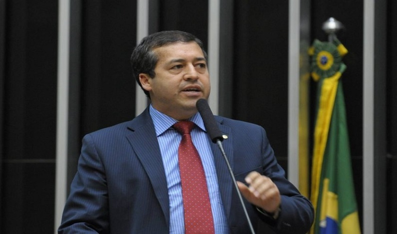 Ministro do Trabalho fará pronunciamento em cadeia nacional de TV