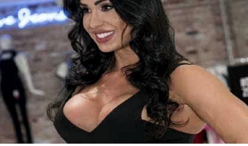 Gracyanne Barbosa é processada por loja de suplementos em R$ 260 mil
