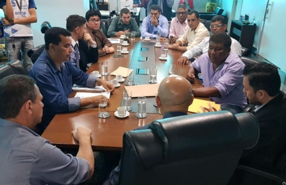 Segurança de Candeias será reforçada, afirma Deputado Federal Lindomar Garçon