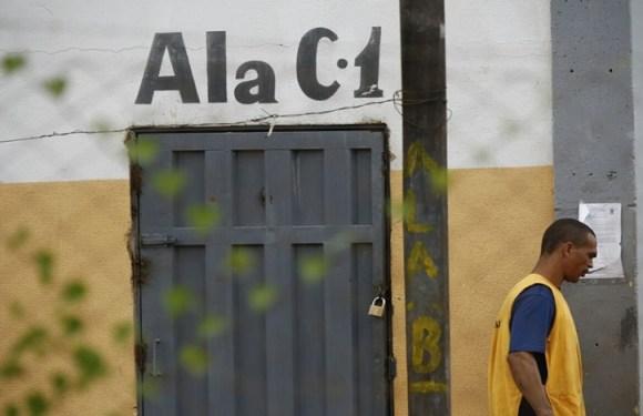Após chacina em presídio, Governo de GO convoca 700 carcereiros