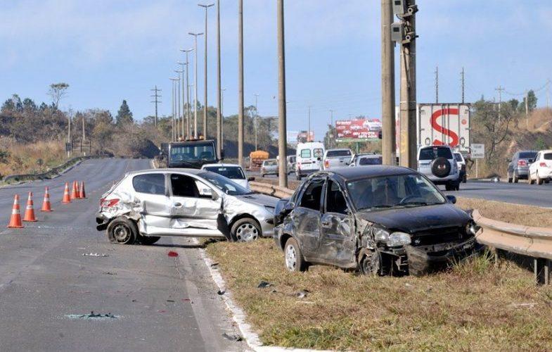 Lei estabelece meta de redução pela metade no índice de mortes no trânsito
