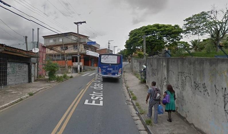 Colisão entre dois ônibus deixa ao menos 10 feridos em SP