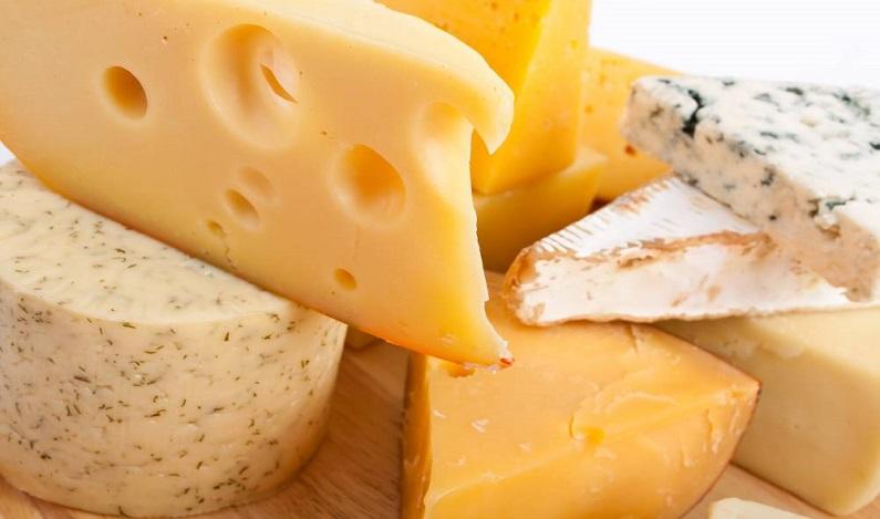 Anvisa proíbe lotes de queijo e uma marca de leite condensado