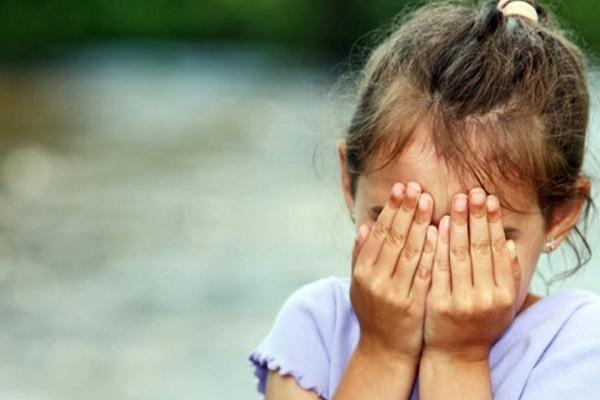 Parque infantil é condenado por não permitir saída de criança após pai perder comanda