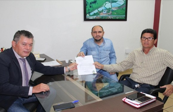 Deputado Edson Martins garantiu emenda de 100 mil para o distrito de Nova Dimensão