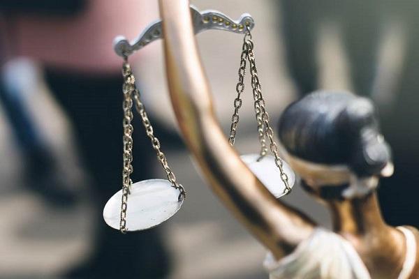 Filhas fora de casamento não podem ser excluídas de herança da avó paterna