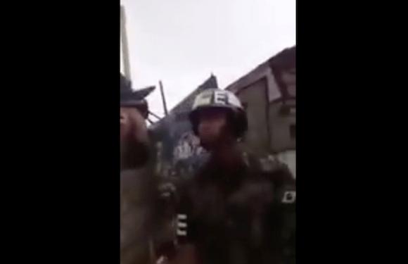 Homem desacata soldado em ação no RJ e é preso; veja vídeo que viralizou