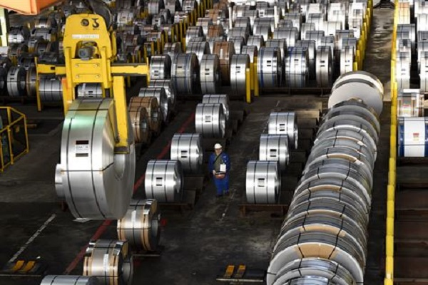 Aumento em taxa de importação de aço pode desencadear guerra comercial