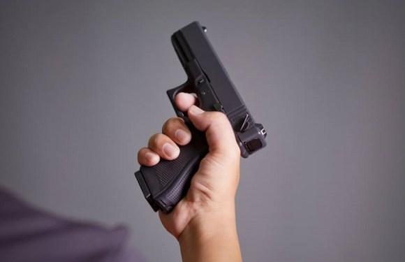 Garoto de 9 anos atira e mata irmã em briga por videogame, nos EUA