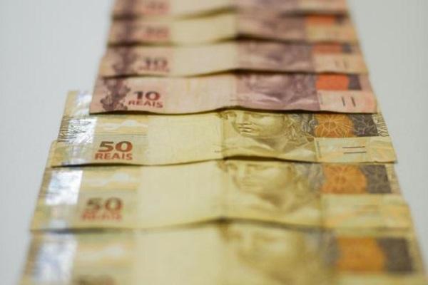 Projeto prevê prêmio por denúncia que ajude a recuperar dinheiro público