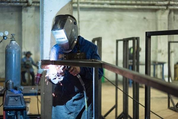 CNI lança plano com sugestões para o crescimento da economia até 2022