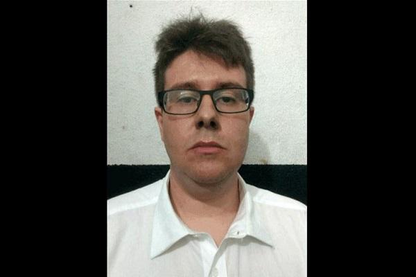 Skinhead condenado por obrigar jovens a pular de trem é preso em SP
