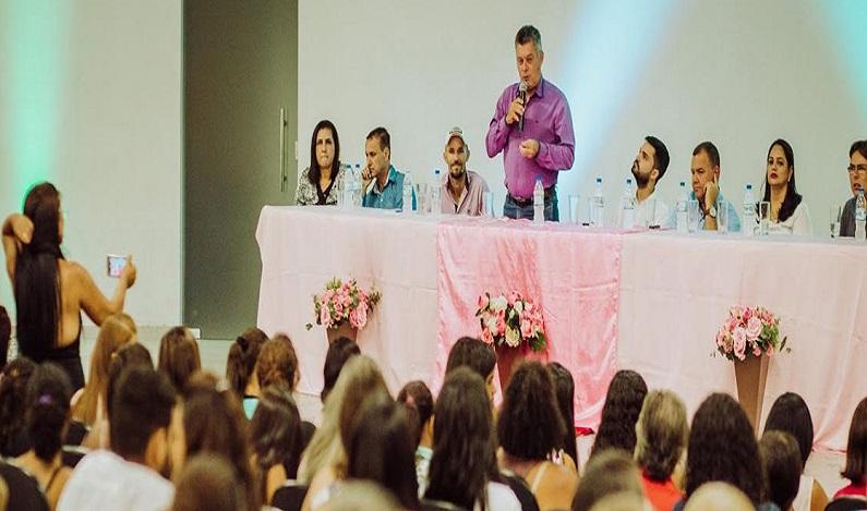 Deputado Edson Martins leva cursos de capacitação profissional para o município de Jaru