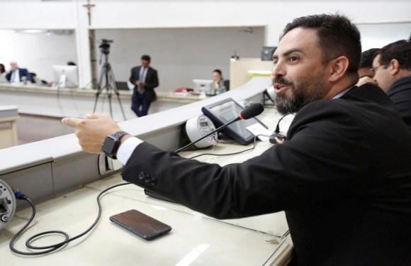 Deputado Estadual Léo Moraes comenta suspensão de contratação de OSS