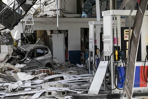 Explosão em posto de gasolina deixa ao menos quatro feridos em SP