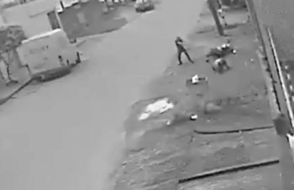 À paisana, PM encurrala suspeito e leva 9 tiros por não ter seguido abordagem padrão; vídeo