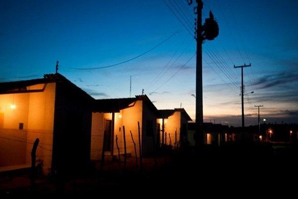 Municípios pequenos poderão contratar concessionária de energia sem licitação