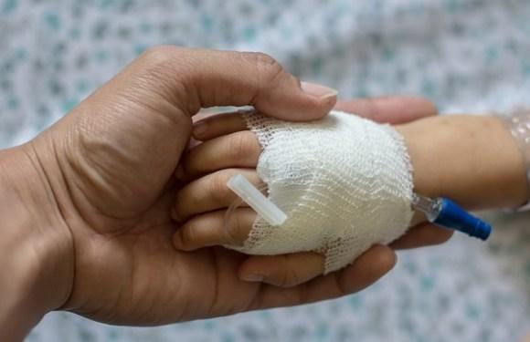 Médico e hospital vão pagar indenização por sequelas em bebê