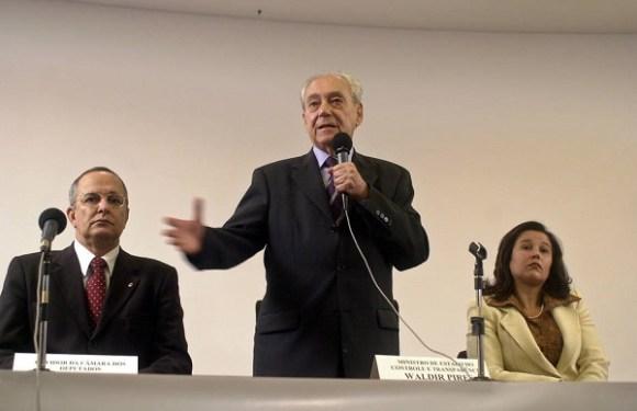 Morre o ex-governador da Bahia e ex-ministro da Defesa Waldir Pires