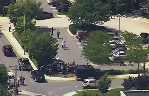 Ataque a tiros em jornal dos EUA deixa mortos e feridos