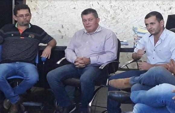 Deputado Edson Martins participa da entrega de manilhas para prefeitura de Nova Brasilândia