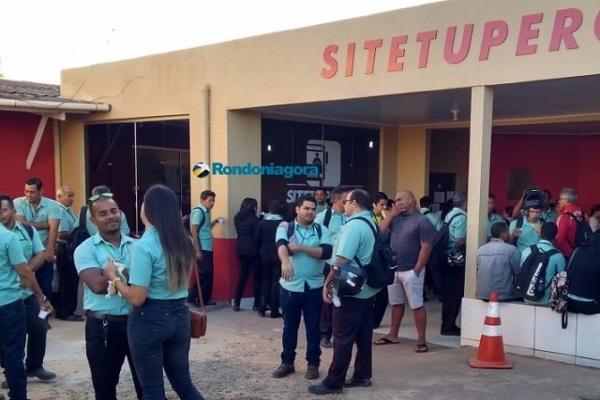 Motoristas e cobradores de ônibus entram em greve em Porto Velho