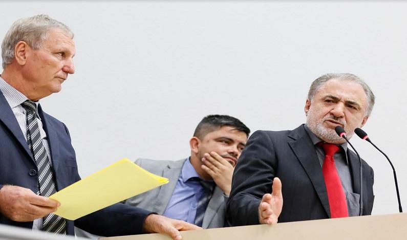 Hermínio Coelho pede Voto de Repúdio ao ex-governador Confúcio Moura