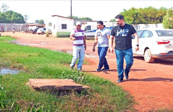 Em visita a Guajará-Mirim, Léo Moraes acompanha pedido de estação de tratamento de esgoto para o município