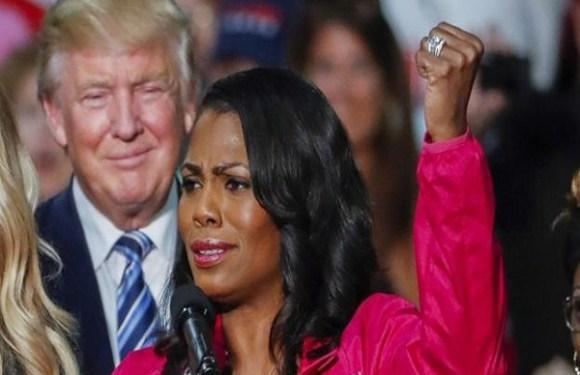 As polêmicas acusações de ex-participante de 'O Aprendiz' que trabalhou ao lado de Trump na Casa Branca