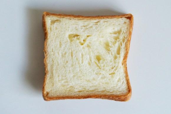 パネトーネ種で日持ちがよいグロワールのデニッシュ食パン「パン・ド・グロワール」