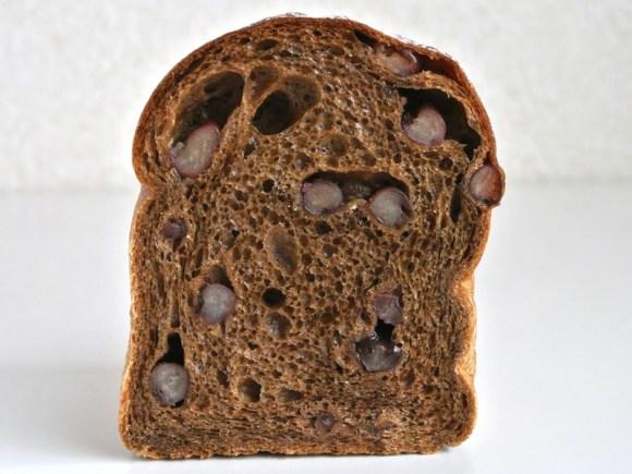 パンヤ・ア・ラ・ボンヌ・ミッシュの「コーヒーと小豆の食パン」