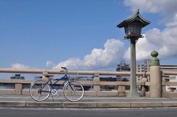 トーキョーバイクと松江大橋