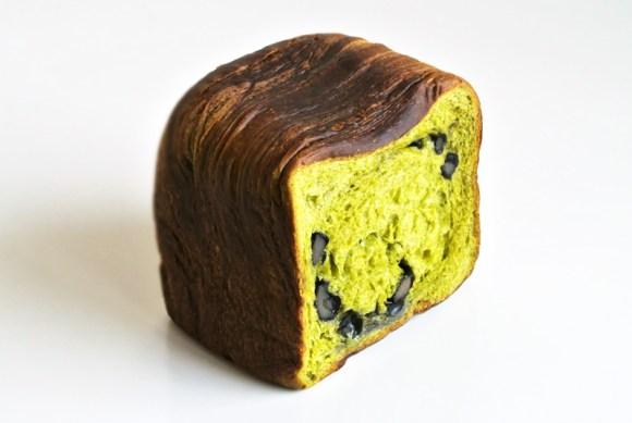 パン屋のグロワール 京都宇治抹茶と丹波黒豆のパンドグロワール