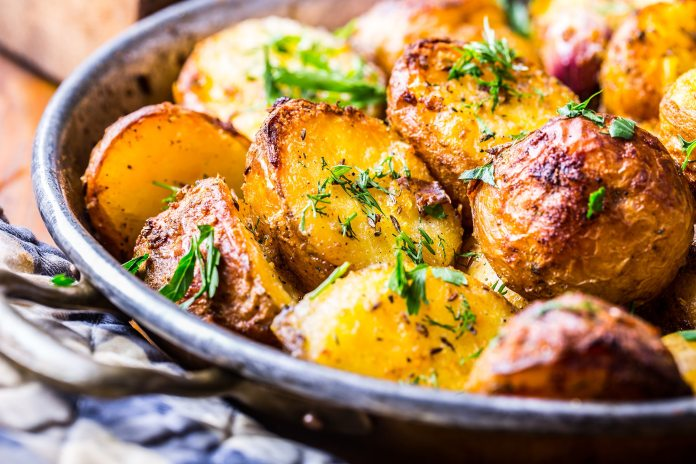 Rosemary roasted potatoes Recipe