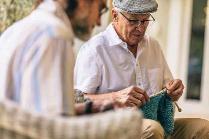 Pain-Friendly Hobbies senior man knitting
