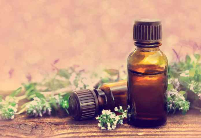 Thymeessential oil for eczema