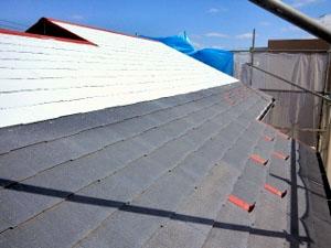 屋根塗装下塗り(遮熱プライマー)2