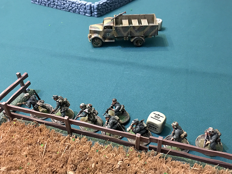 The Germans advance towards the Americans in the field